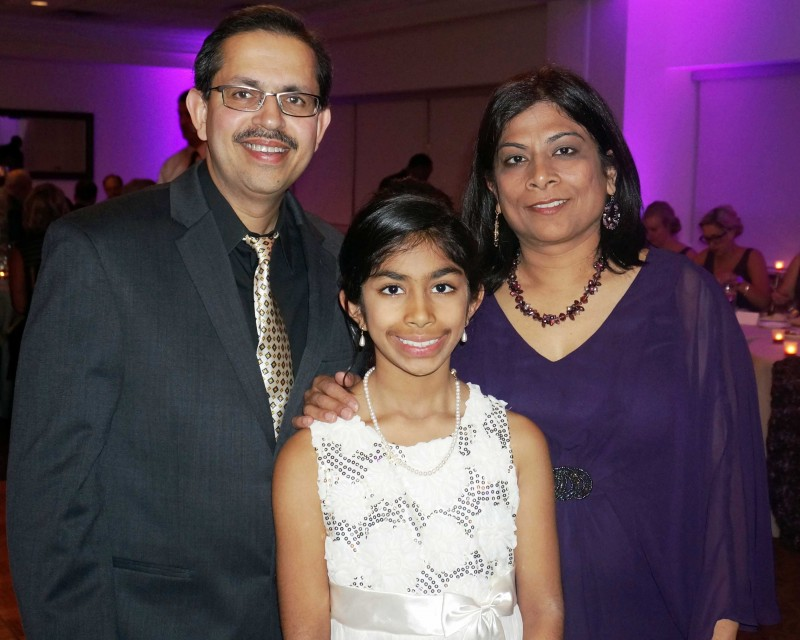 Dr. Neeraj Arora with his wife, Daksha, and daughter, Shairee.