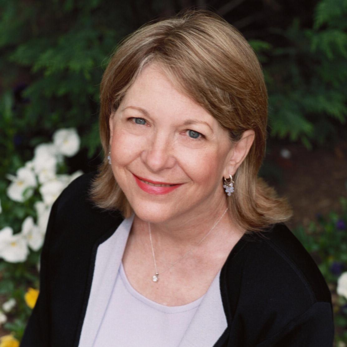 Ellen Stovall headshot